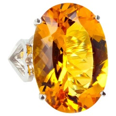 Gemjunky Movie Star Collect, Impressive Red Carpet 14Ct Citrine White Gold Ring