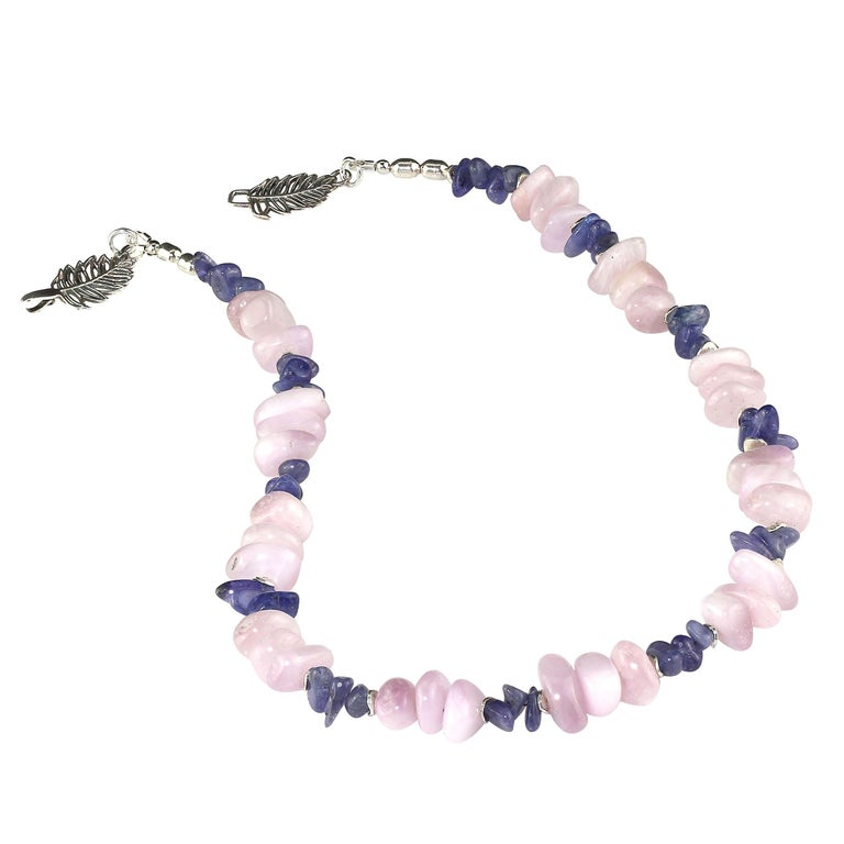 Women's or Men's Gemjunky Summertime Unique and Fascinating Kunzite and Tanzanite Necklace For Sale