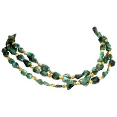 Gemjunky Three-Strand Emerald Nugget Necklace with Goldy Accents  May Birthstone
