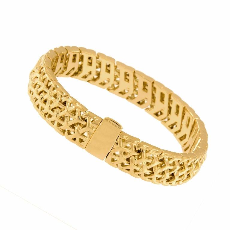 Gemlok 18 Karat Gold Y Knot Bracelet In New Condition For Sale In Troy, MI