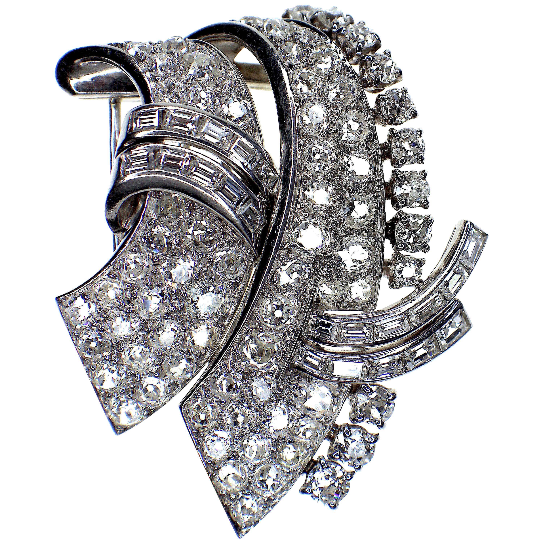 Van Cleef & Arpels Signed Diamond Double Clip Brooch, 1940s