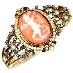 Gemolithos Cameo Agate, Natural Pearl and Diamond Bracelet, 1880s