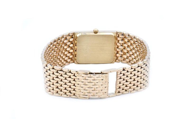 Women's or Men's Geneve 14 Karat Yellow Gold Quartz Watch For Sale