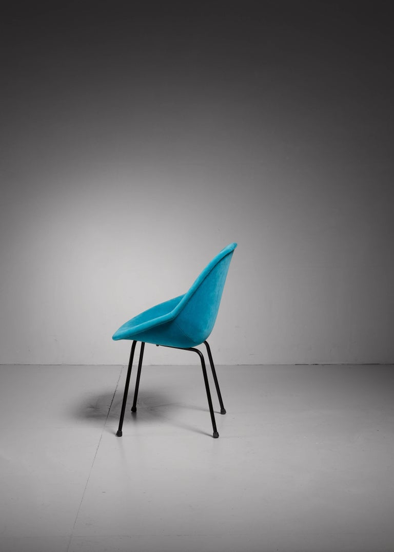 Mid-Century Modern Genevieve Dangles Blue Chair for Burov, France, 1950s For Sale