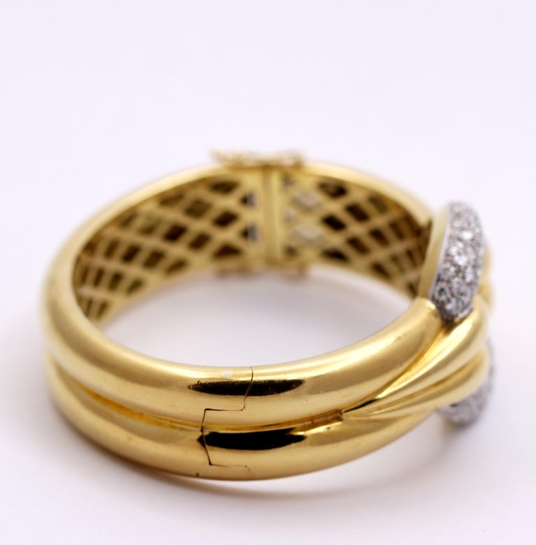 Gently Curving Yellow Gold Bracelet with Diamond Pave' Center For Sale 1