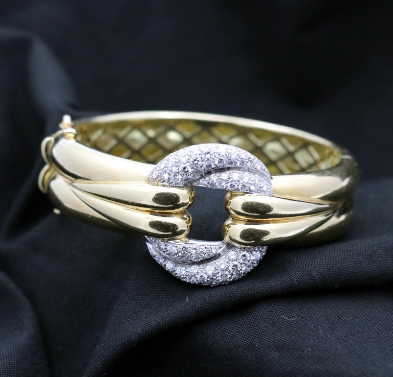 Gently Curving Yellow Gold Bracelet with Diamond Pave' Center For Sale 2