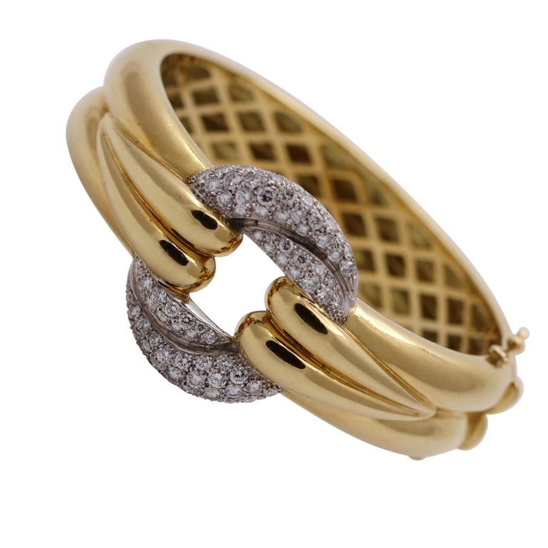 Gently Curving Yellow Gold Bracelet with Diamond Pave' Center For Sale