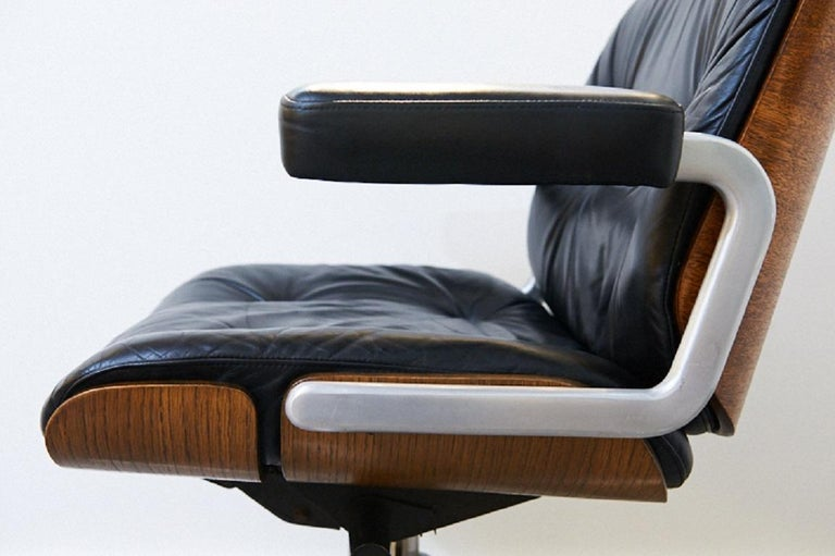 Genuine Leather Armchair Master Chair by Stoll or Giroflex, Oak, 1960s For Sale 1