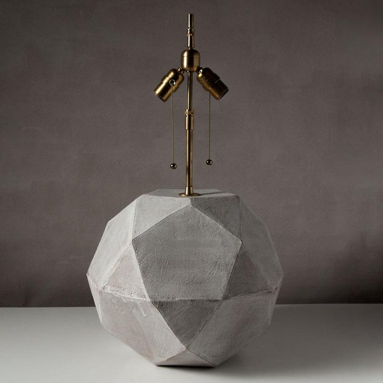Modern 'Geode' Geometric White Ceramic and Brass Table Lamp with Linen Shade #4L For Sale