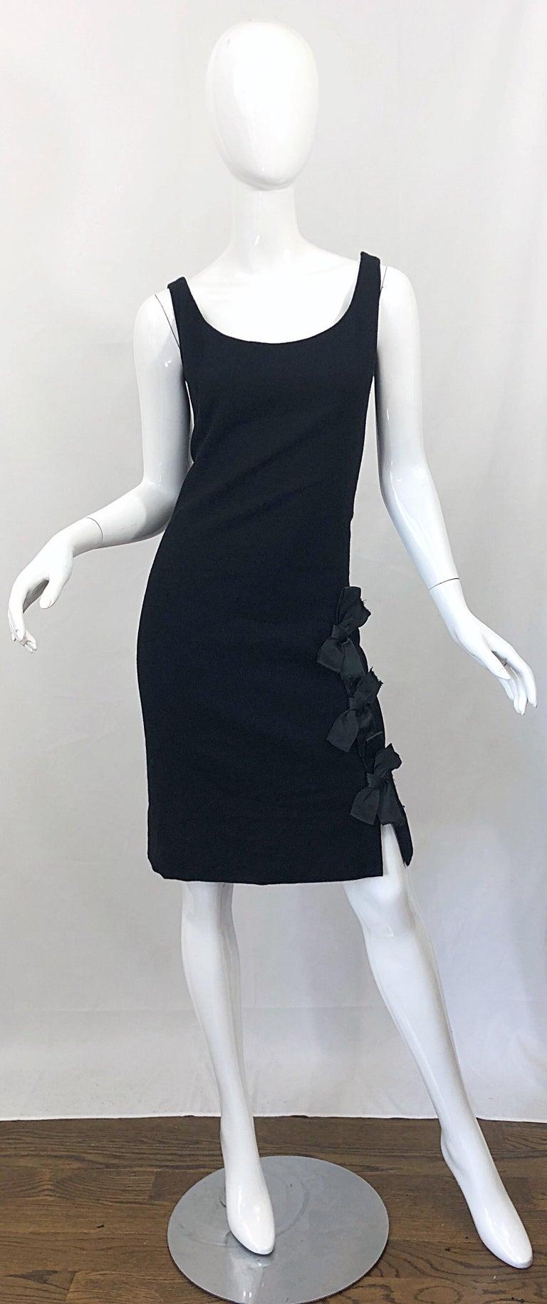 Geoffrey Beene 1960s Black Sleeveless Bow Detail Vintage 60s Wool Sheath Dress For Sale 7