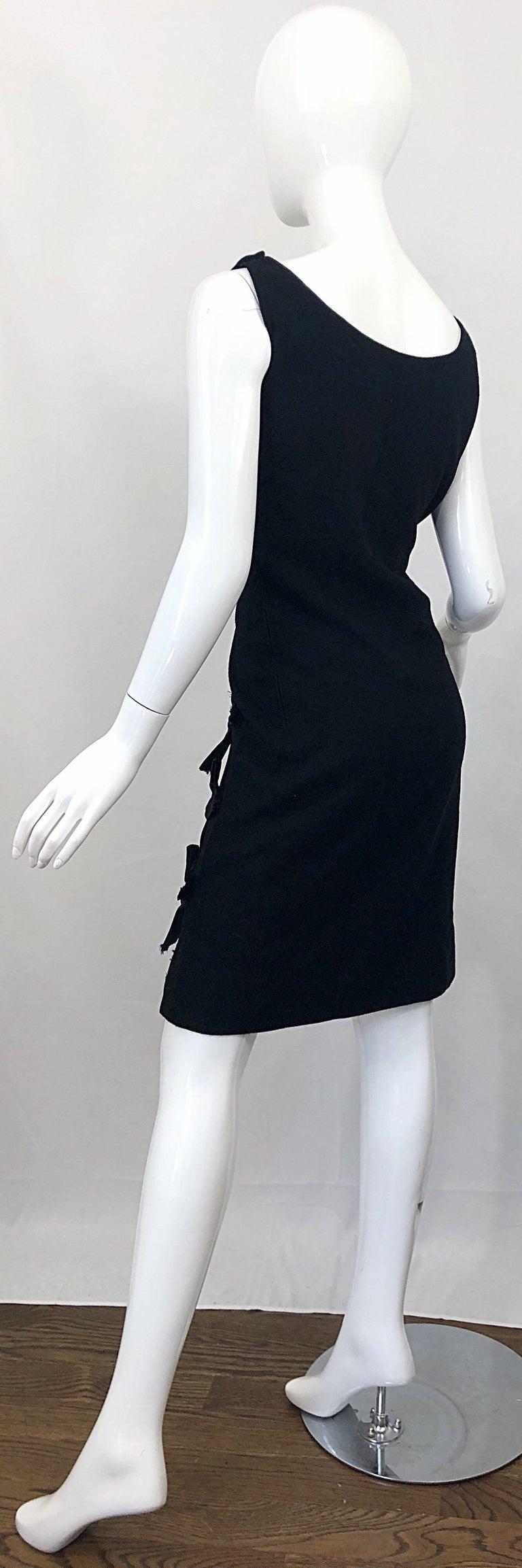 Geoffrey Beene 1960s Black Sleeveless Bow Detail Vintage 60s Wool Sheath Dress For Sale 8