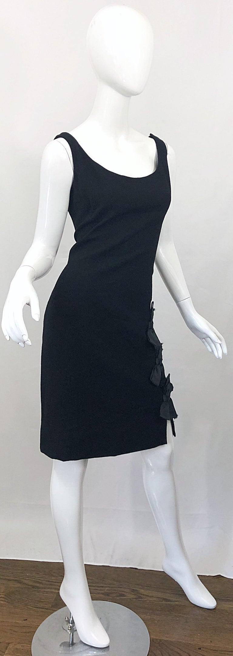 Geoffrey Beene 1960s Black Sleeveless Bow Detail Vintage 60s Wool Sheath Dress For Sale 2