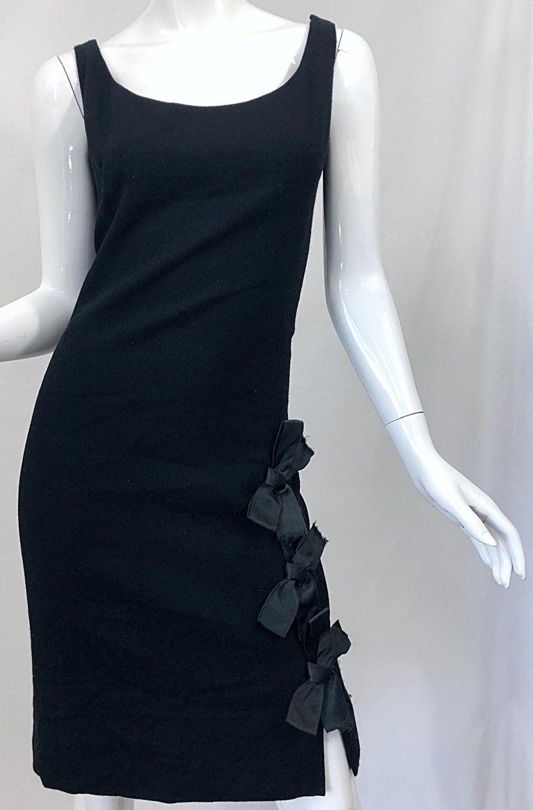 Geoffrey Beene 1960s Black Sleeveless Bow Detail Vintage 60s Wool Sheath Dress For Sale 3