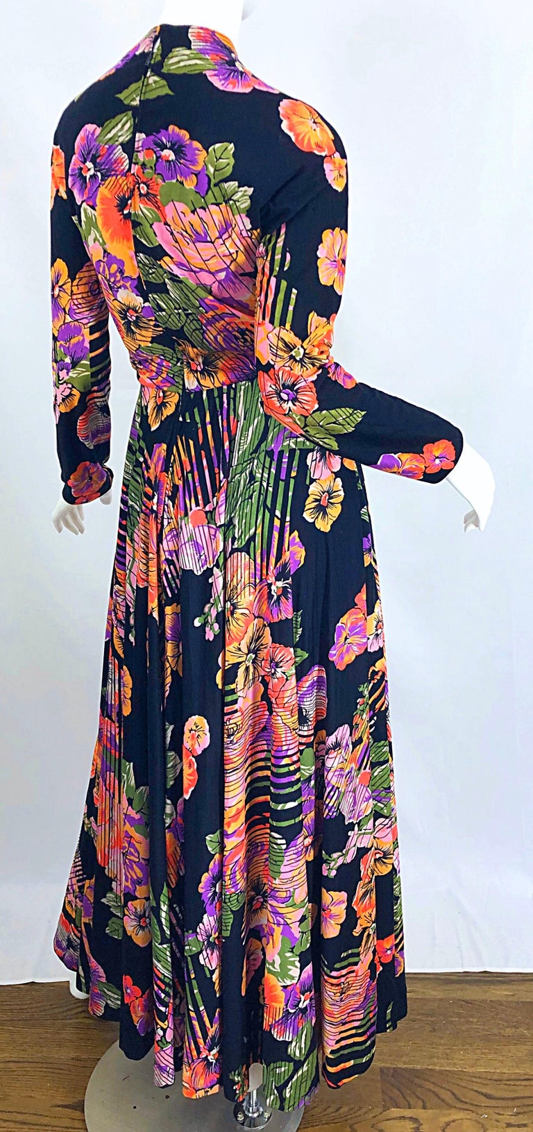 Geoffrey Beene 1970s Abstract Flower Print Long Sleeve High Neck 70s Maxi Dress For Sale 7