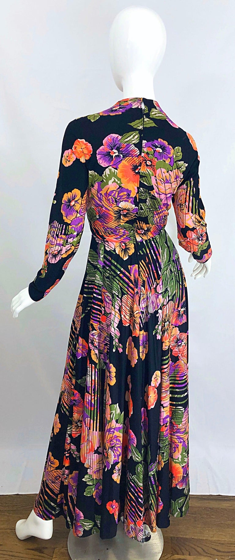 Geoffrey Beene 1970s Abstract Flower Print Long Sleeve High Neck 70s Maxi Dress For Sale 9