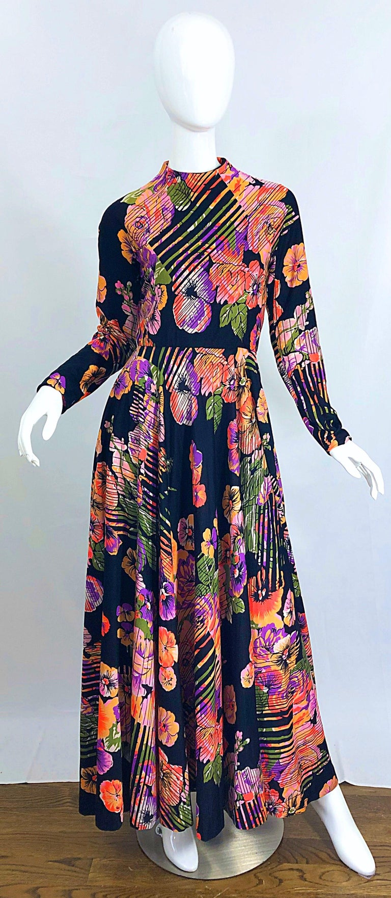 Geoffrey Beene 1970s Abstract Flower Print Long Sleeve High Neck 70s Maxi Dress For Sale 10