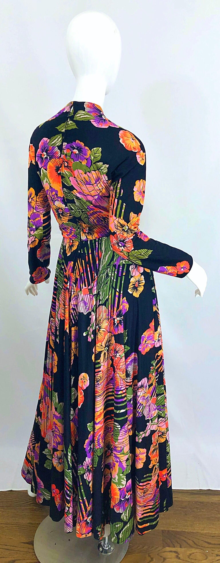 Geoffrey Beene 1970s Abstract Flower Print Long Sleeve High Neck 70s Maxi Dress For Sale 1