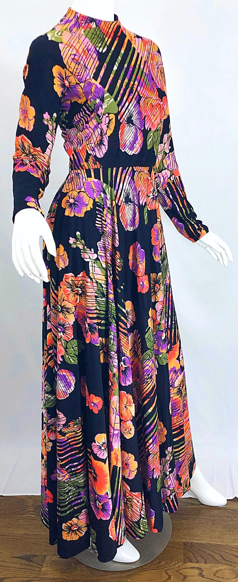 Geoffrey Beene 1970s Abstract Flower Print Long Sleeve High Neck 70s Maxi Dress For Sale 3