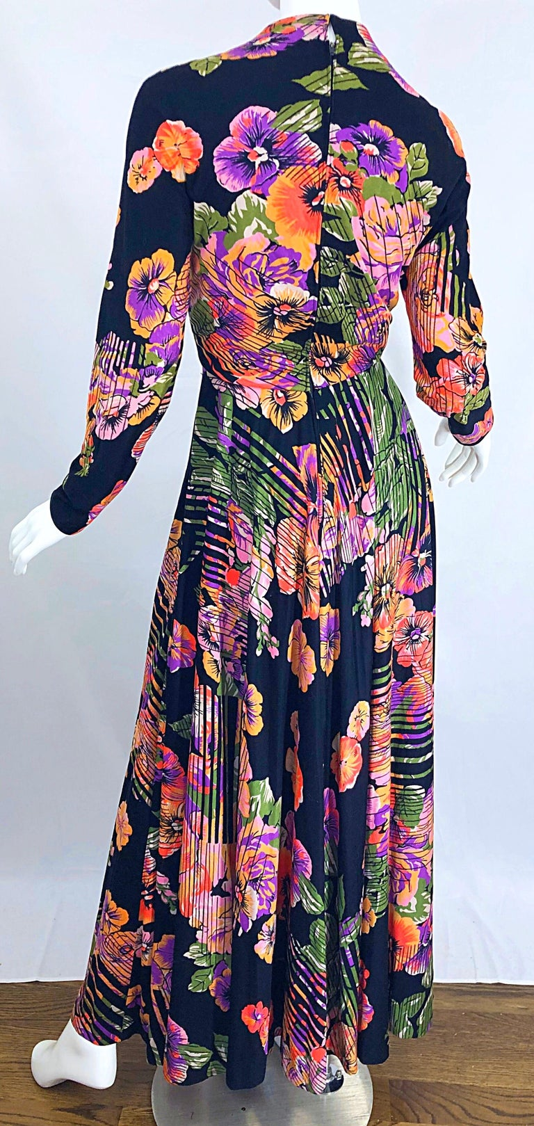 Geoffrey Beene 1970s Abstract Flower Print Long Sleeve High Neck 70s Maxi Dress For Sale 4