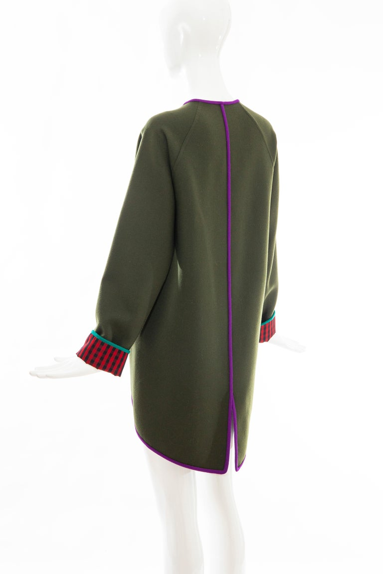 Geoffrey Beene Runway Olive Green Wool Button Front Cutaway Jacket, Fall 1988 For Sale 3