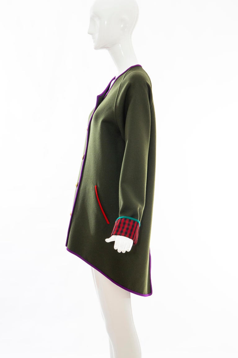 Geoffrey Beene Runway Olive Green Wool Button Front Cutaway Jacket, Fall 1988 For Sale 4