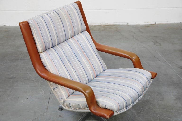 Geoffrey Harcourt for Artifort Model #F-140 Swivel Lounge Armchair, circa 1970s For Sale 6