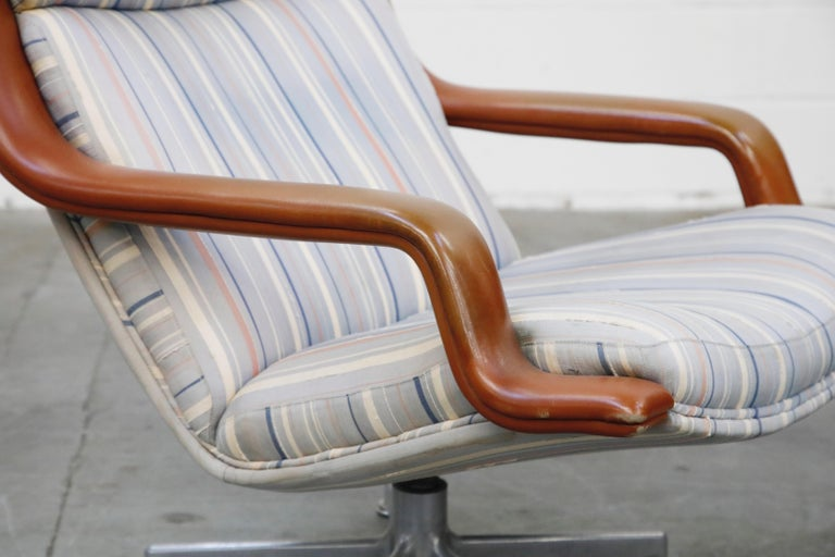 Geoffrey Harcourt for Artifort Model #F-140 Swivel Lounge Armchair, circa 1970s For Sale 9