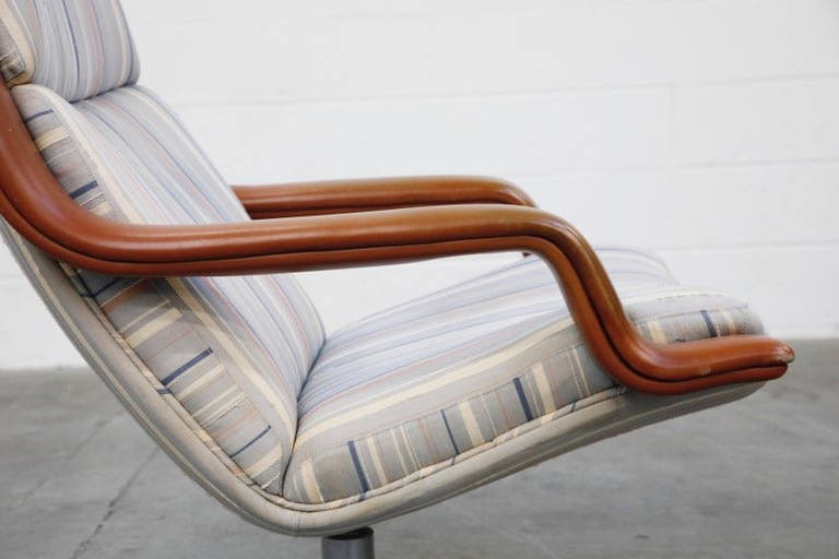 Geoffrey Harcourt for Artifort Model #F-140 Swivel Lounge Armchair, circa 1970s For Sale 11
