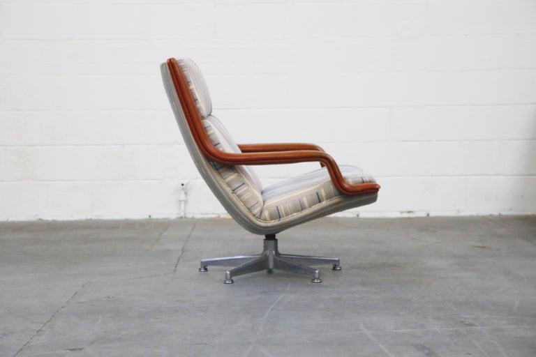 Dutch Geoffrey Harcourt for Artifort Model #F-140 Swivel Lounge Armchair, circa 1970s For Sale