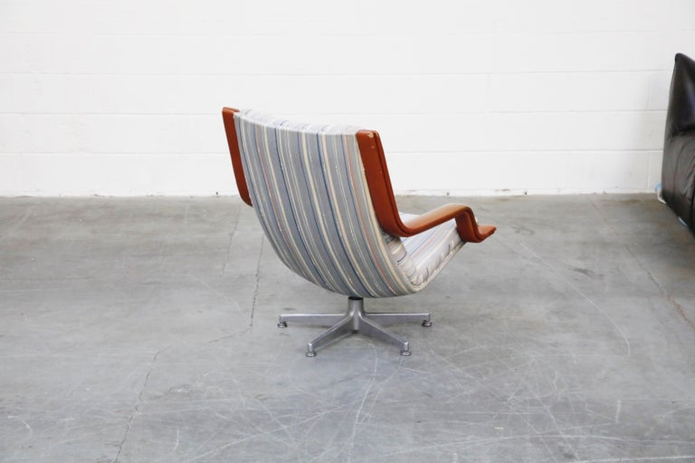 Leather Geoffrey Harcourt for Artifort Model #F-140 Swivel Lounge Armchair, circa 1970s For Sale