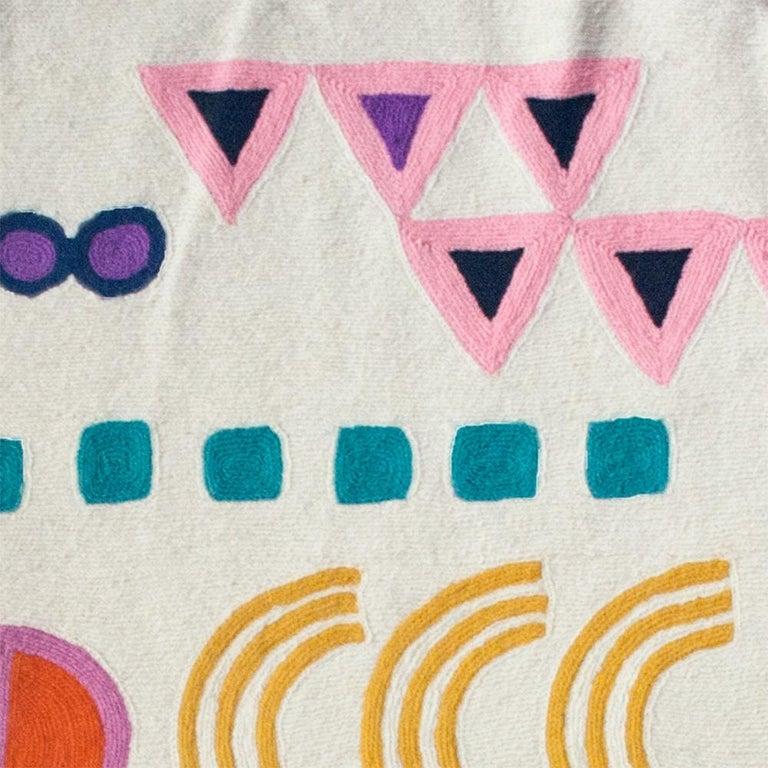 Indian Geometric Aurelia Hand Embroidered Modern Round Rug, Carpet For Sale