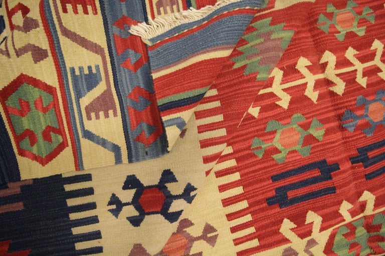 Vegetable Dyed Geometric Kilim Rug Caucasian Design Cream Blue Wool Area Rug For Sale