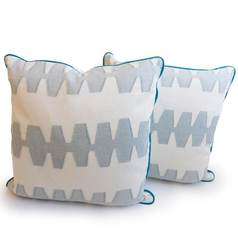 American Geometric Linen Pillows For Sale