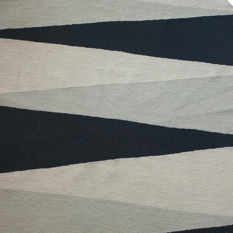 Geometric Midnight Hand Embroidered Modern Round Rug, Carpet In New Condition For Sale In Westfield, NJ