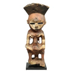 Geometric Painted Standing Mbole Figure, DRC, Early 20th Century Cubist Form