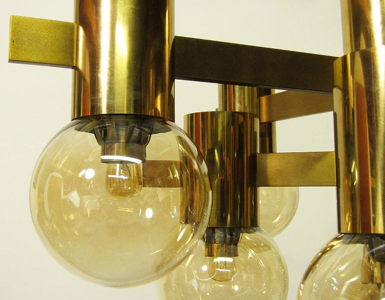 Geometric Swedish 1970s Chandelier in Brass and Glass by Hans-Agne Jakobsson For Sale 5