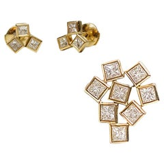 Geometric Unique Set, 18 Karat Gold 3 Diamond Earrings and 9 Diamonds Pendant