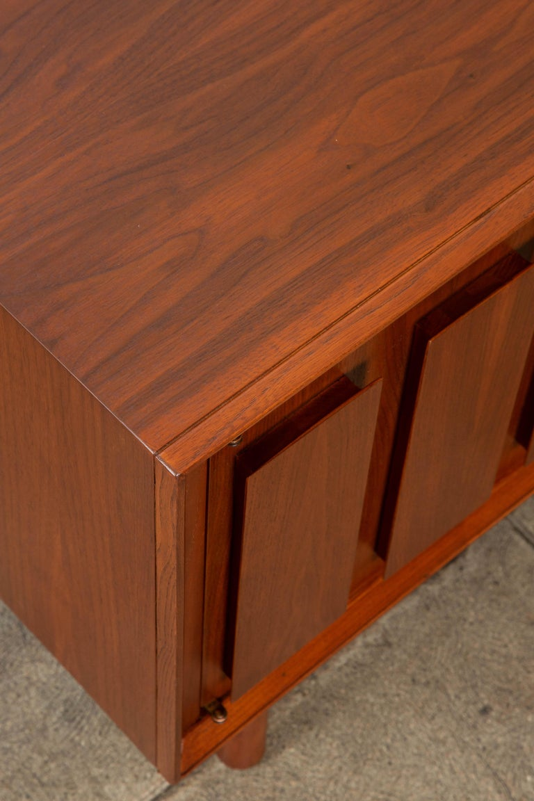 Geometric Walnut Credenza by Lane For Sale 7