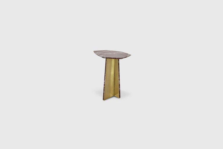 Geometrik Side Table, Red Marble and Brass by ATRA In New Condition In Los Angeles, CA