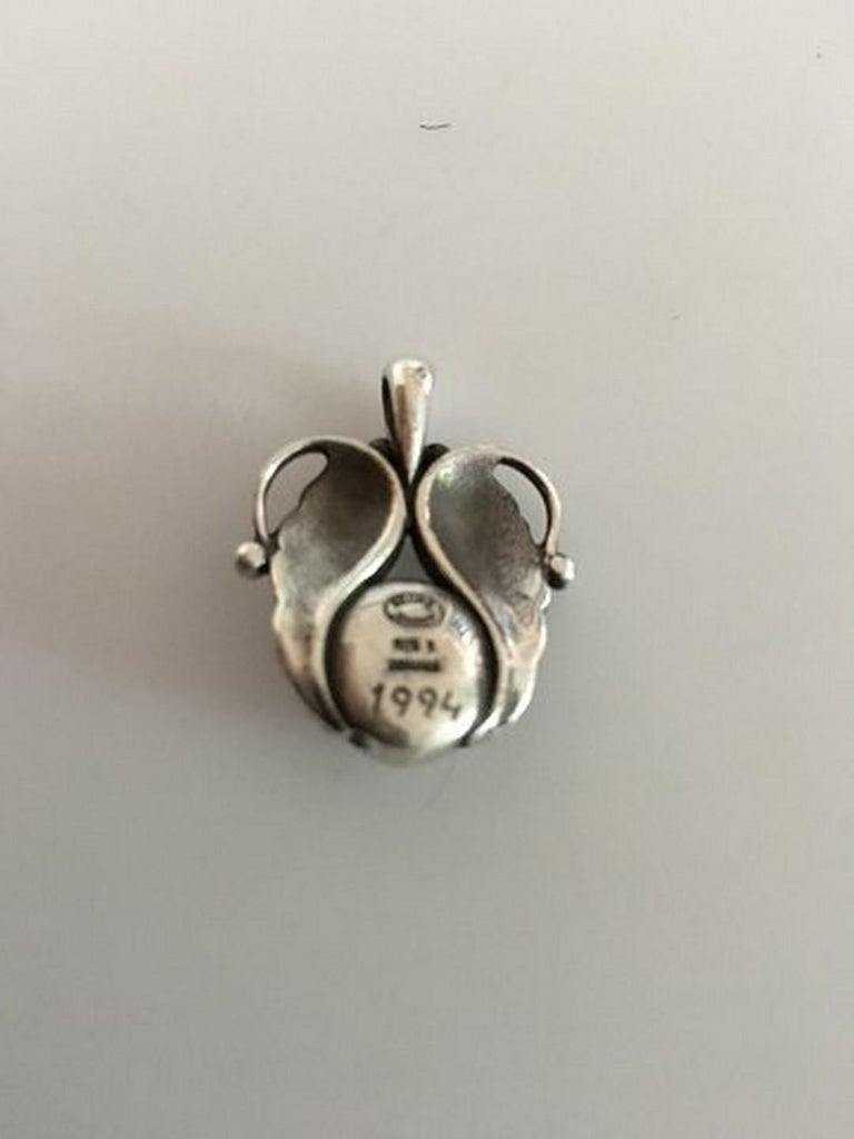 Georg Jensen Annual Pendent in Sterling Silver 1995. Measures 3 cm / 1 3/16 in. Weighs 9.8 g / 0.35 oz.