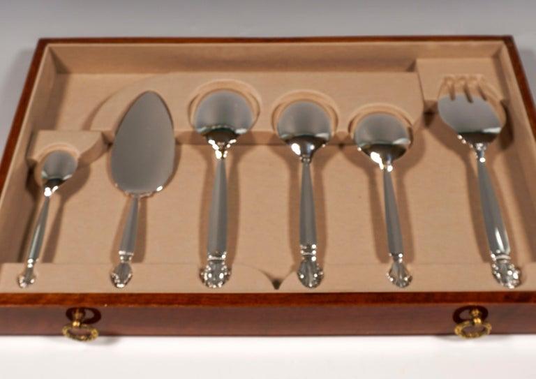 Georg Jensen Art Nouveau Silver Cutlery Set in Showcase, Design Johan Rohde 1920 For Sale 5