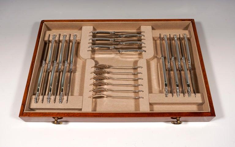 Georg Jensen Art Nouveau Silver Cutlery Set in Showcase, Design Johan Rohde 1920 For Sale 6
