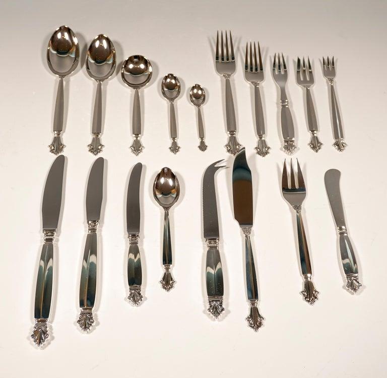 Georg Jensen Art Nouveau Silver Cutlery Set in Showcase, Design Johan Rohde 1920 For Sale 10