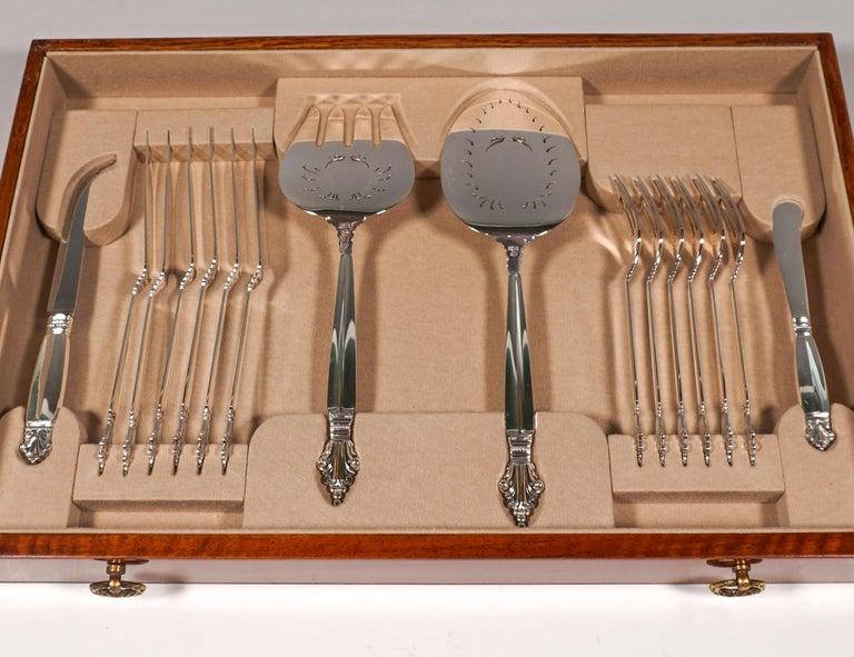 Georg Jensen Art Nouveau Silver Cutlery Set in Showcase, Design Johan Rohde 1920 For Sale 3