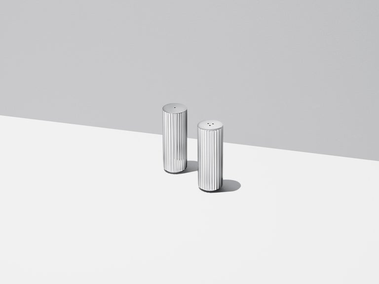 Bringing a sense of timeless style to your dinner table, the Bernadotte salt and pepper shakers are the obvious choices for any serious food and design enthusiast. The first Bernadotte pieces were released in 1931, inspired by the functional style