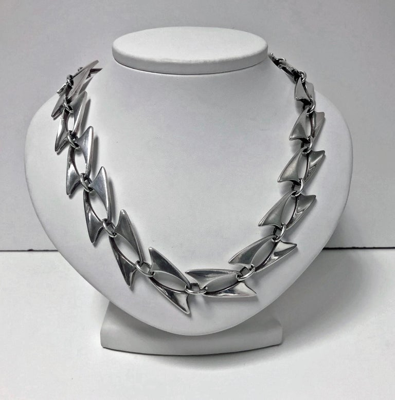 Georg Jensen Henning Koppel Sterling Necklace, Denmark, circa 1960 In Good Condition For Sale In Toronto, ON