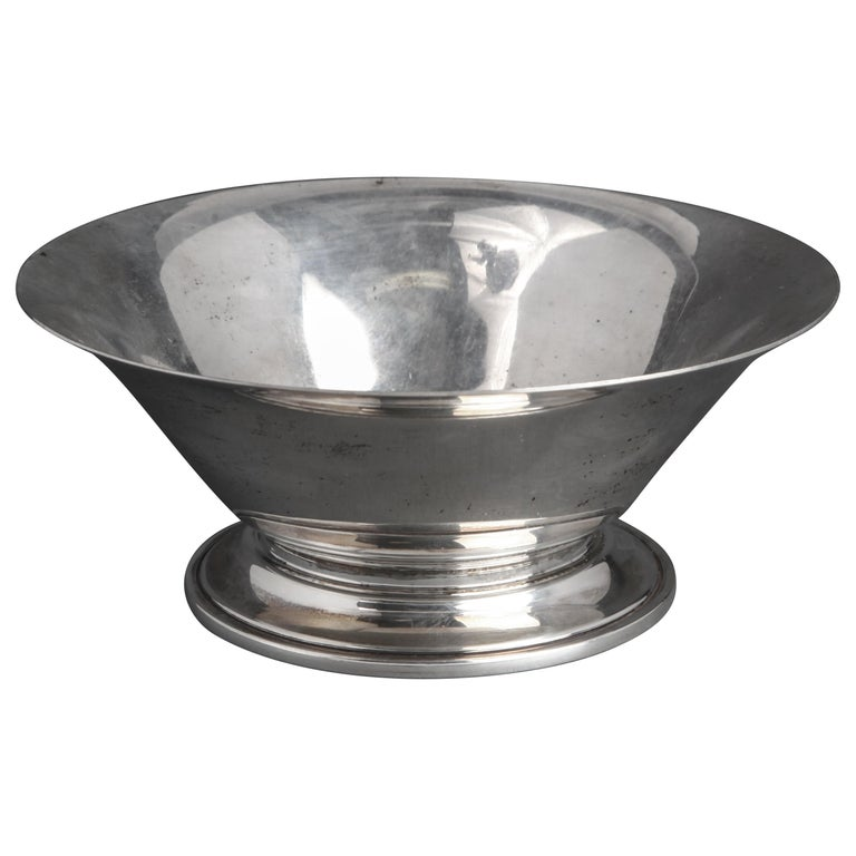 Georg Jensen silver footed bowl with flared rim, mid-20th century, offered by  Showplace - Luxury - Art - Design - Vintage
