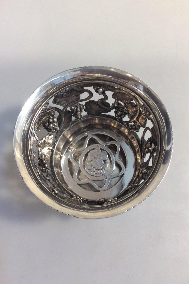 Art Nouveau Georg Jensen Silver Wine Coaster No 289 Vintage from the 1920s For Sale