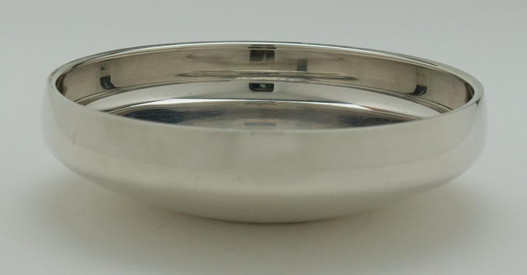 Henning Koppel - Sterling Silver Bowl, Model No. 1132B - Georg Jensen, Denmark  For Sale 3