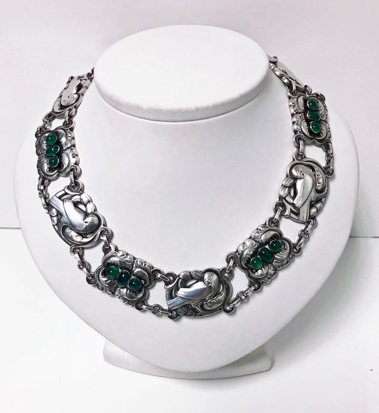 Georg Jensen Sterling Silver Chrysoprase Dove Necklace In Good Condition For Sale In Toronto, ON